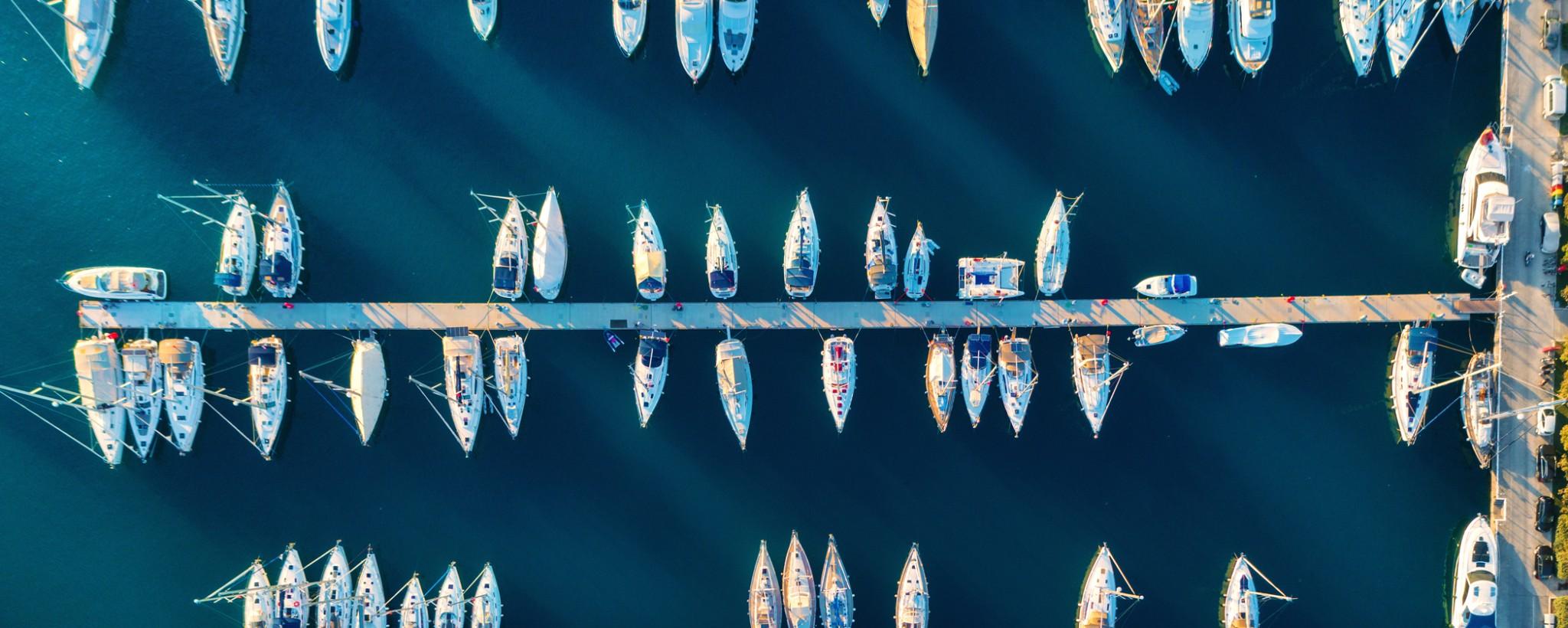 ZF Marine - Segelboote im Hafen