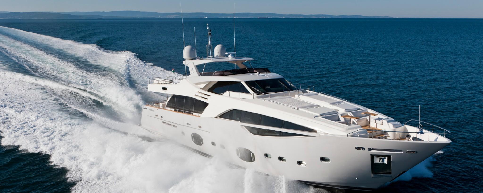 ZF Marine - Yacht Ferretti